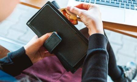 Iepirkšanās internetā un krāpnieki: pircēju biežāk pieļautās kļūdas