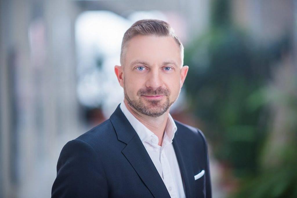 Svens Dinsdorfs, ELKO Grupa direktors.