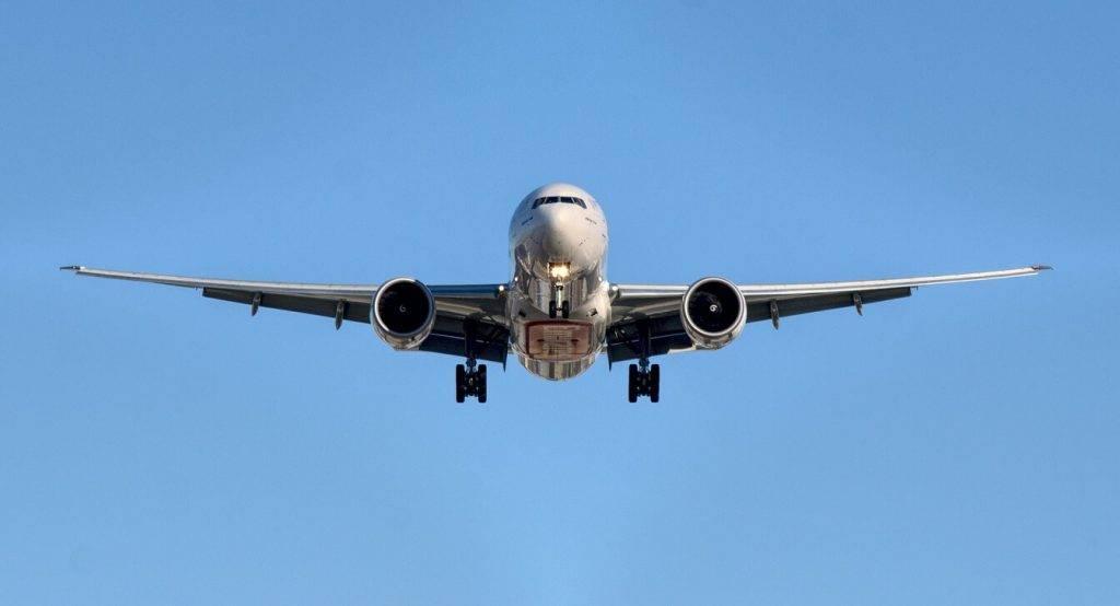 Lidmašīna Boing 737