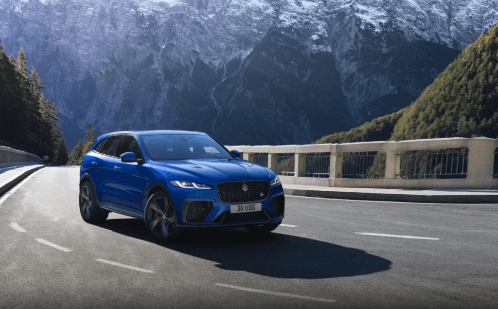 Jaguar F-Pace SVR ar uzlaboto veiktspēju un dizainu sasniedzis nākamo līmeni