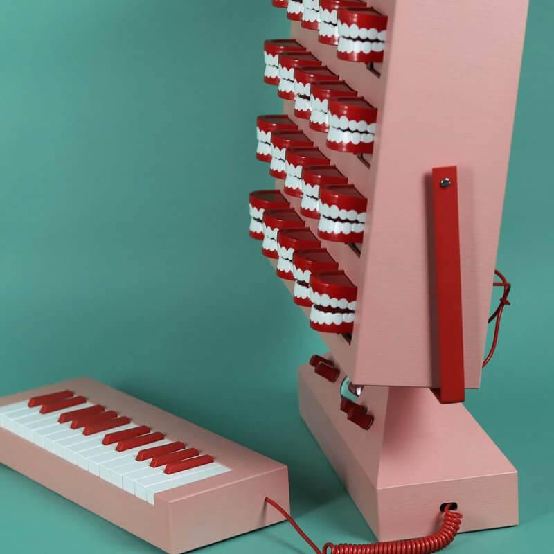 Lovehulten sintezators 2