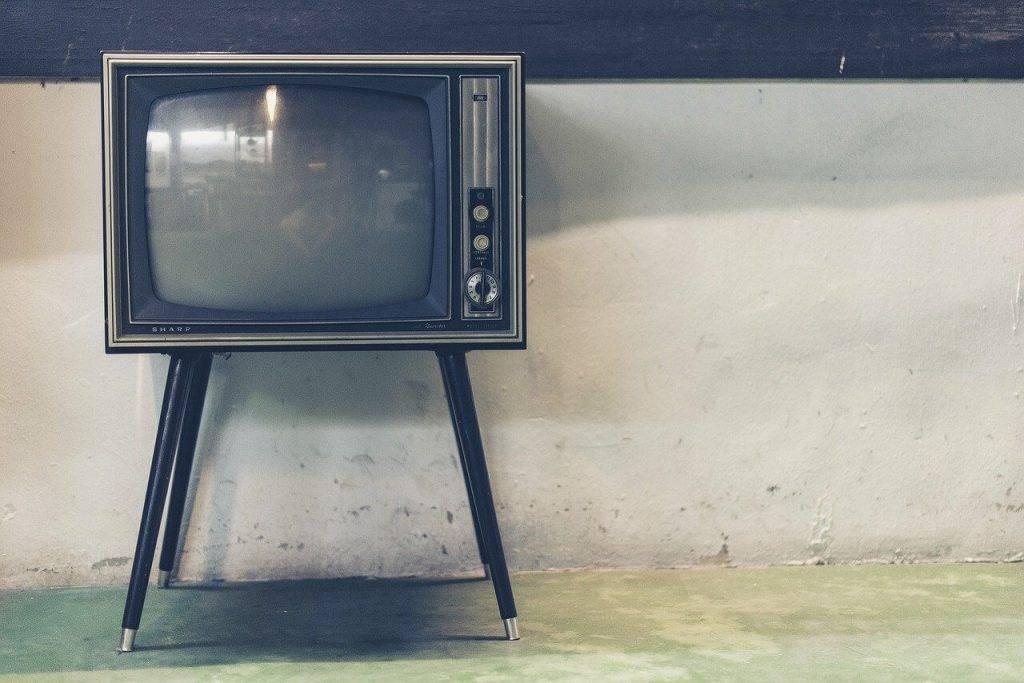 Nelegala tv