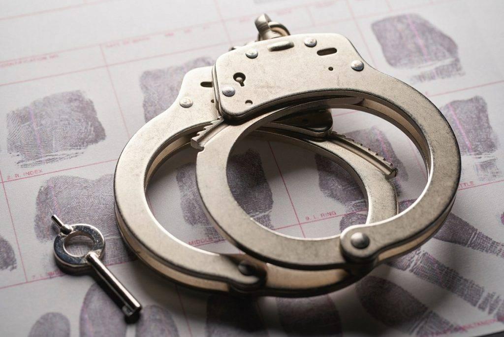 Valsts policija aizturējusi krāpnieku grupu, kura ar interneta veikalu www.proffit.lv un www.korbotex.lv starpniecību piesavinājās uzticīgo klientu naudas līdzekļus
