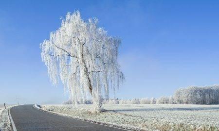 Brauc droši arī ziemā: ekspertu ieteikumi autovadītājiem
