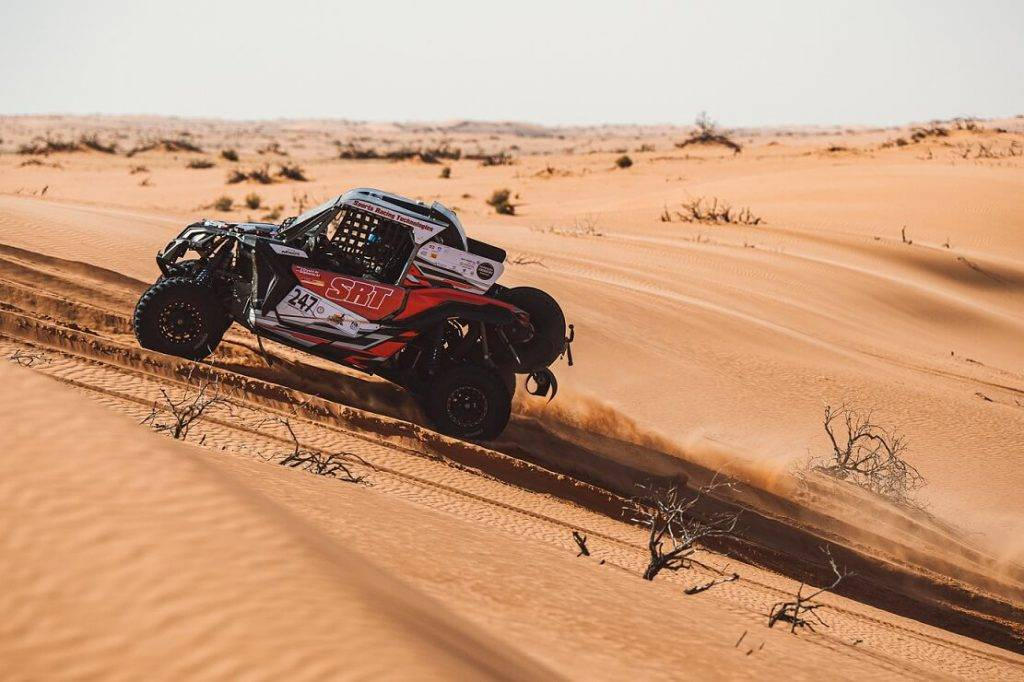 """Latviešu """"Sports Racing Technologies"""" komandas braucējs Vasily Gryazin izcīna pasaules kausa titulu FIA World Cup for Cross-Country Bajas ieskaitē"""