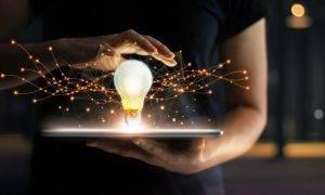 Jaunumi tehnoloģiju pasaulē – termometrs viedtālrunī un mākslīgā intelekta vadīti droni