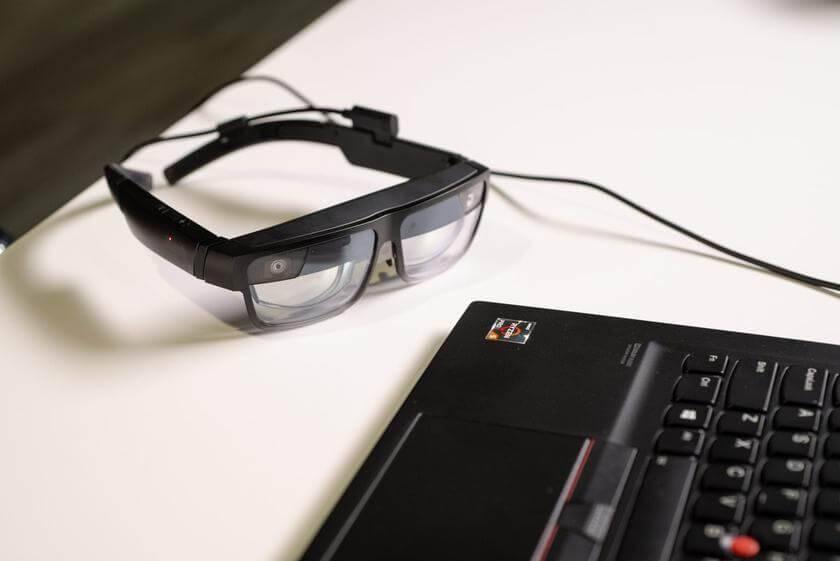 Lenovo ThinkReality A3 realitātes brilles