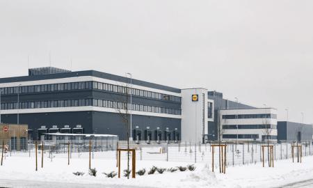 """""""Lidl Latvija"""" atklāj vienu no modernākajiem loģistikas centriem Baltijā (Video)"""