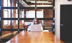 """E-pakalpojums """"Mani dati izglītības reģistros"""" ikvienam iedzīvotājam ļauj iegūt noderīgu informāciju"""