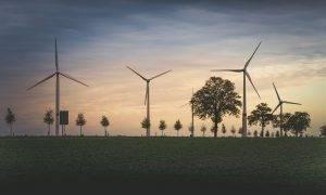 """Aizvadīta vēja elektrostaciju parka """"Laflora"""" būvniecības sabiedriskā apspriešana"""