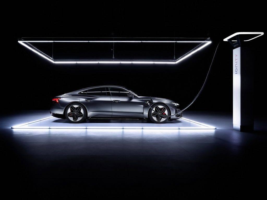Audi prezentēja e-tron GT – zīmola 2021. gada nozīmīgāko modeli