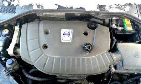 Kas lācītim vēderā - ieviešam skaidrību par tehniskajiem šķidrumiem zem motora pārsega
