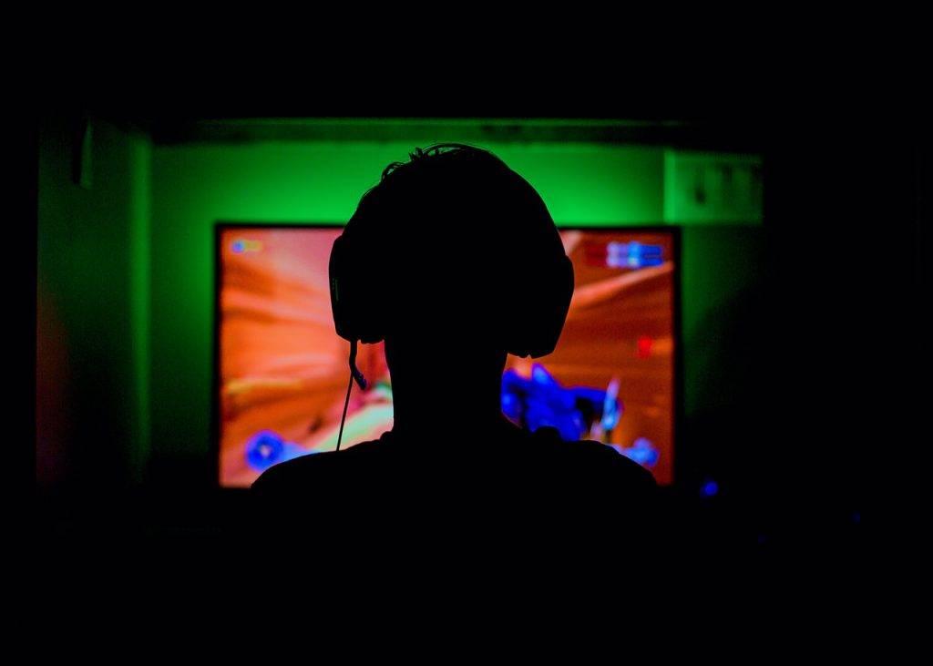 Desmitdaļai datorspēļu spēlētāju Latvijā ir nozagta identitāte