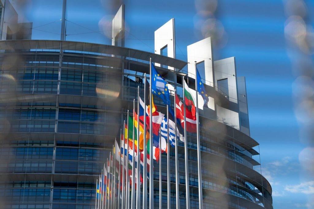 Eiropas savienibas kriptovalutu kontrole