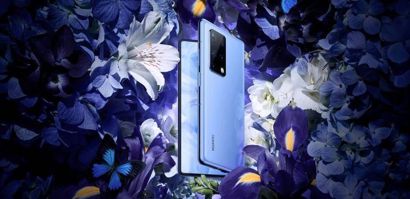 Huawei Mate X2 ar diviem ekrāniem 3