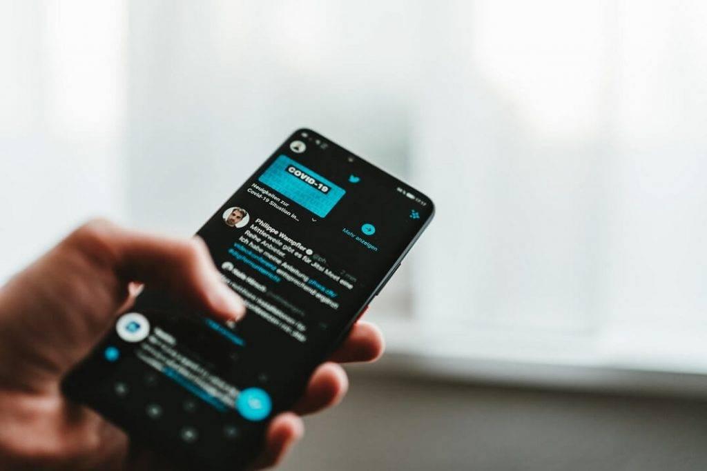 Vai Twitter būs par maksu?