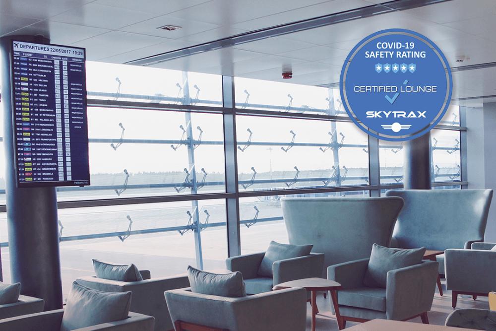 """Lidostas """"Rīga"""" biznesa zāle saņem augstāko vērtējumu Skytrax Covid-19 drošības reitingā"""
