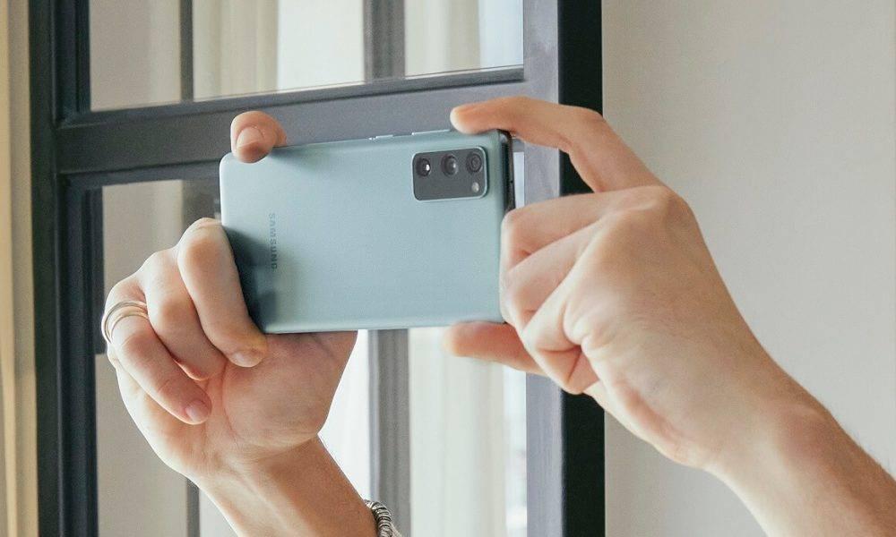 Samsung Galaxy S20 FE lietotājiem pieejami jaunās S21 sērijas inovatīvie risinājumi
