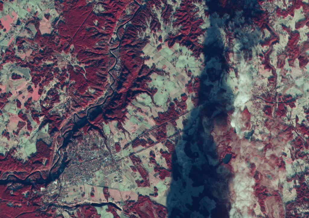 Sigulda un Gaujas ieleja Eiropas Kosmosa aģentūras satelīta Sentinel-2 datos. Attēls: Vides risinājumu institūts