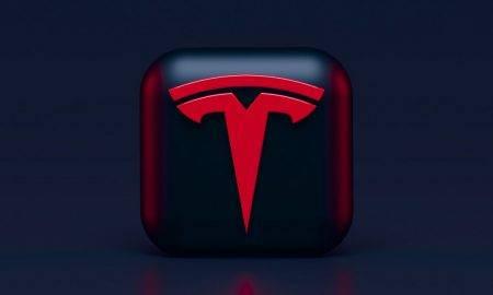 Tesla iegādājas bitkoinu caur Coinbase