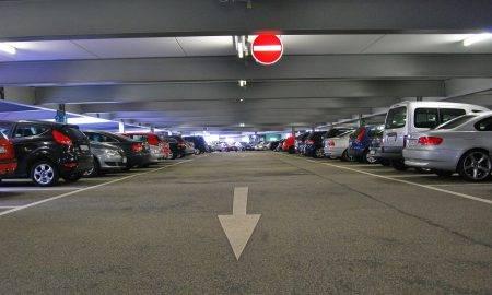 LTAB: jāmaina satiksmes organizācija publiskajās stāvvietās
