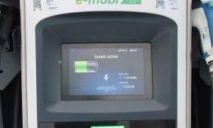 Elektrisko automašīnu uzticamība: īpašnieku aptauja parāda, ka bažām nav pamata