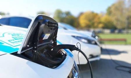 Arī elektroauto nepieciešamas profesionālas apkopes, taču priekšrocību ir vairāk