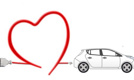 Viesturs Celmiņš: Ekoloģiski vai ērti? Elektroauto lietotāja pieredze (UX).