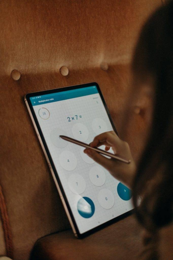 Galaxy Tab S7 mācības