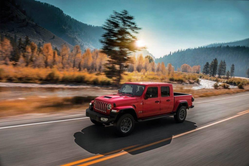 Jeep gadadiena un jaunumi ekskluzīvajā segmentā
