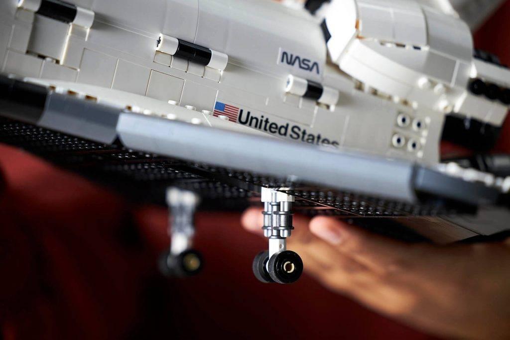 Lego-nasa-space-shuttle