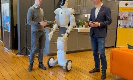 StrongPoint investē humanoīdu robotu attīstīšanai, kas palīdzēs veikt darbu mazumtirdzniecībā