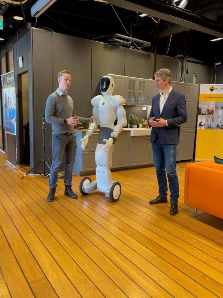 Humanoidi roboti