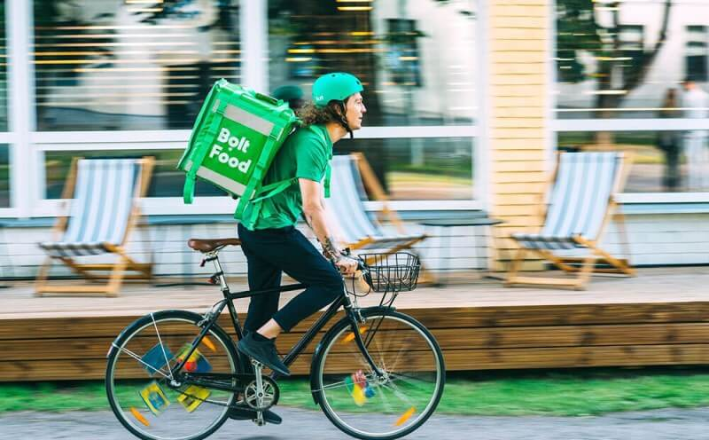 Tagad arī Ventspils iedzīvotājiem pieejama Bolt Food ēdienu piegāde