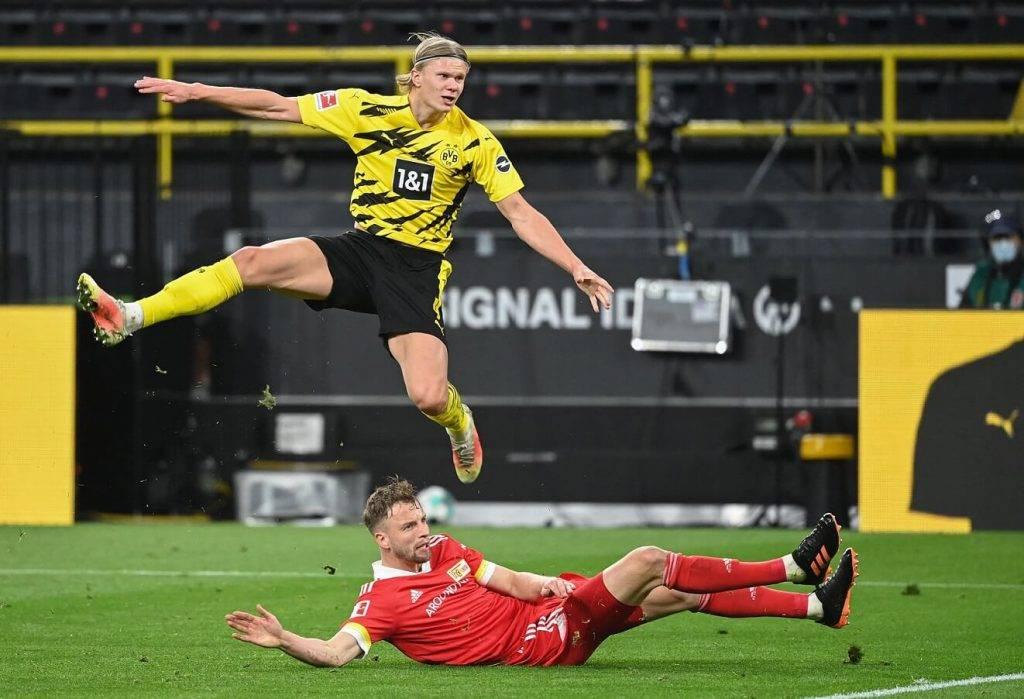 """""""Viaplay"""" līdz 2029.gadam pārraidīs Bundeslīgas spēles ar latviešu valodas komentāriem"""