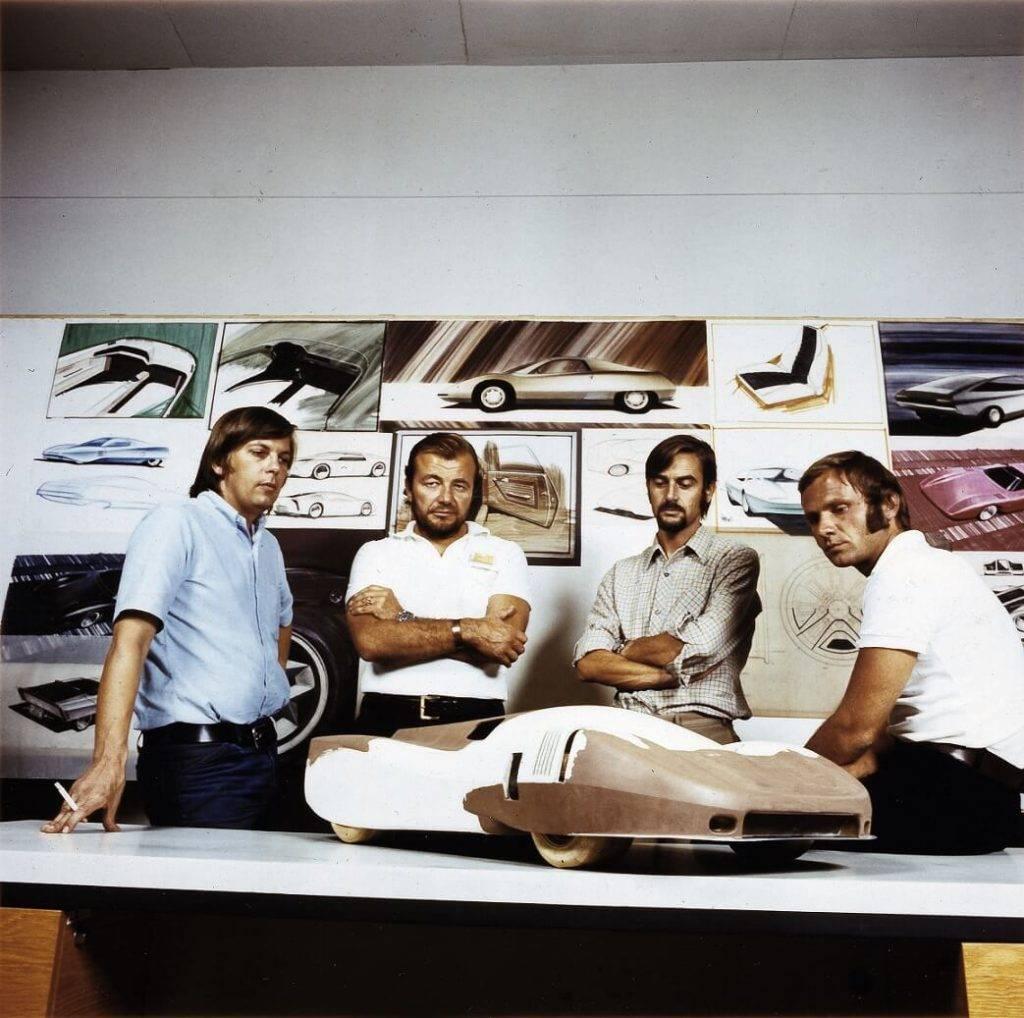"""Galvenais """"Porsche"""" dizainers teju 20 gadus - latvietis Anatols Lapiņš"""