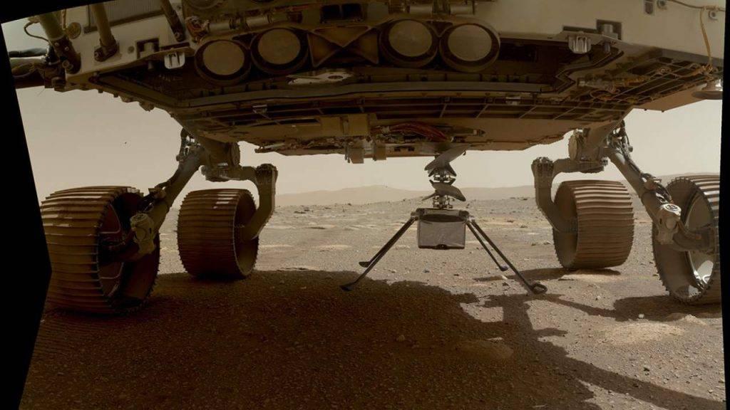 Ingenuity naksts uz Marsa