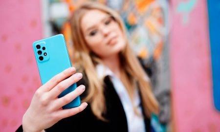 Vecāku izvēle, iegādājoties telefonu bērnam: neizvēlas lētāko, bet arī nepārtērē