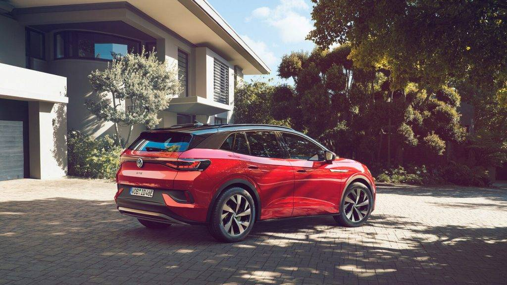 Volkswagen prezente pirmo modeli – ID.4 GTX
