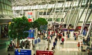 Airtag neder lidostas bagāžai