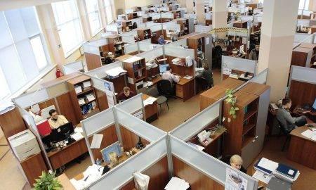 Piektdaļa darbinieku ir palaidusi garām zvanu, izliekoties, ka ierīces atjauninās