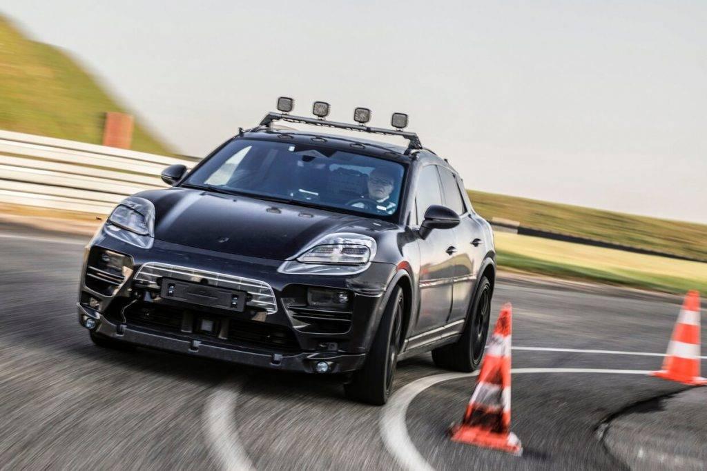 """""""Porsche"""" uzsāk elektriskā """"Macan"""" prototipu testēšanu reālajā vidē"""