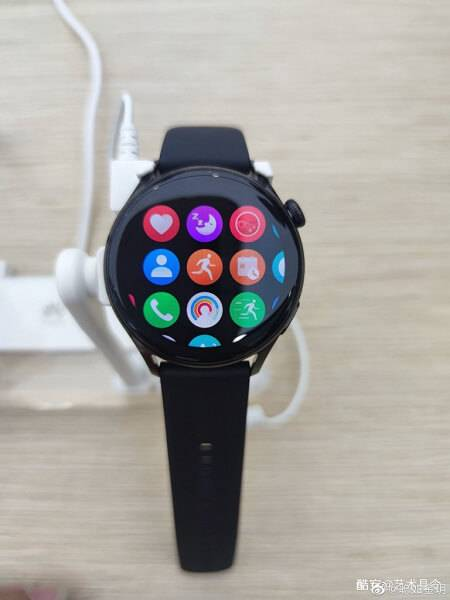 Huawei watch 3 bez sim kartes
