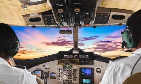 AR JAUNO ELEKTRONISKO DATU PĀRVALDĪBAS SISTĒMU WIZZ AIR ATBRĪVO PILOTU KABĪNES NO PAPĪRIEM