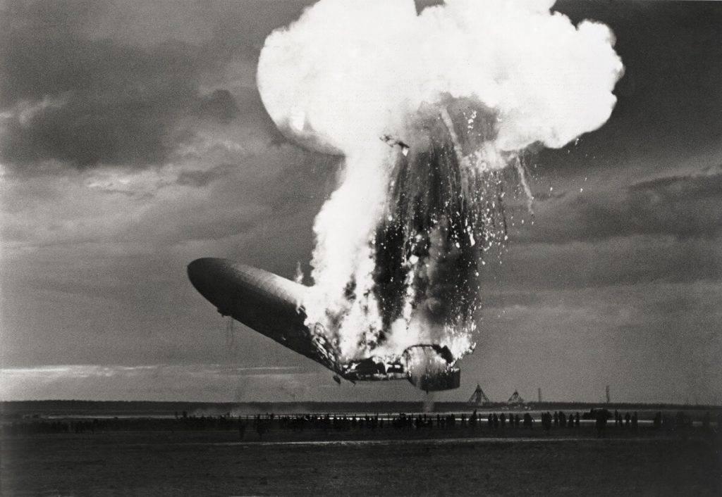 """""""Hindenburga"""" liktenīgais pēdējais lidojums"""