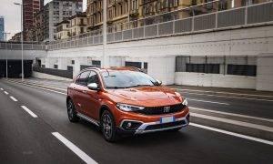 """FIAT uzlabojis leģendāro """"Tipo"""": starp jaunajiem modeļiem – krosovers """"Tipo Cross"""