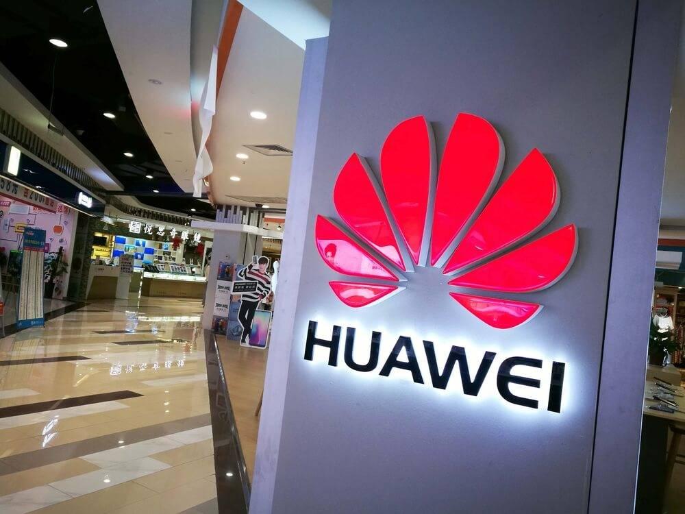 Kāpēc Huawei P50 un P50 Pro viedtelefoniem nav 5G atbalsta?