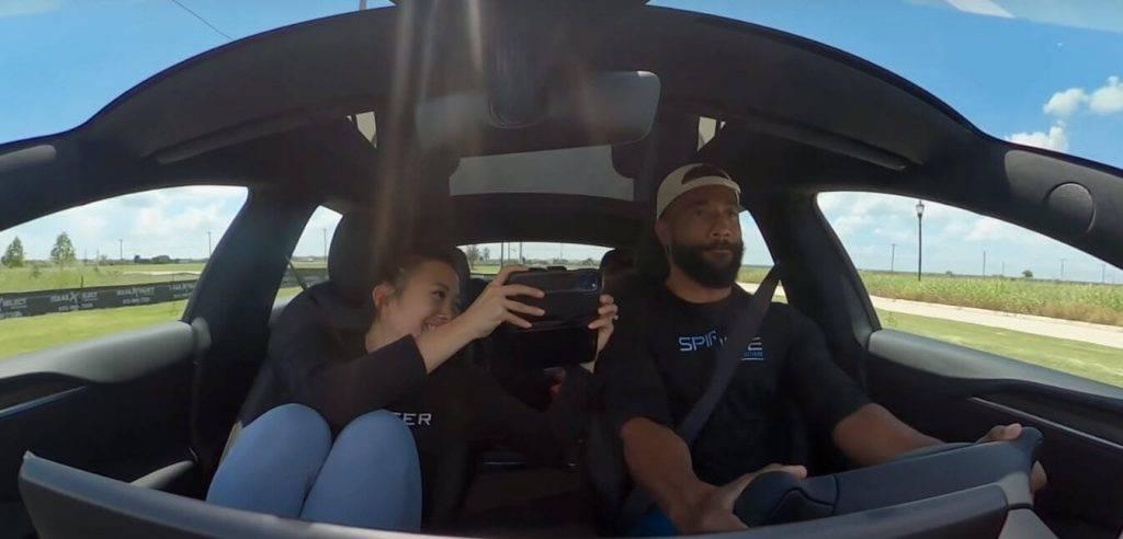 Tesla Model S Plaid ātrums