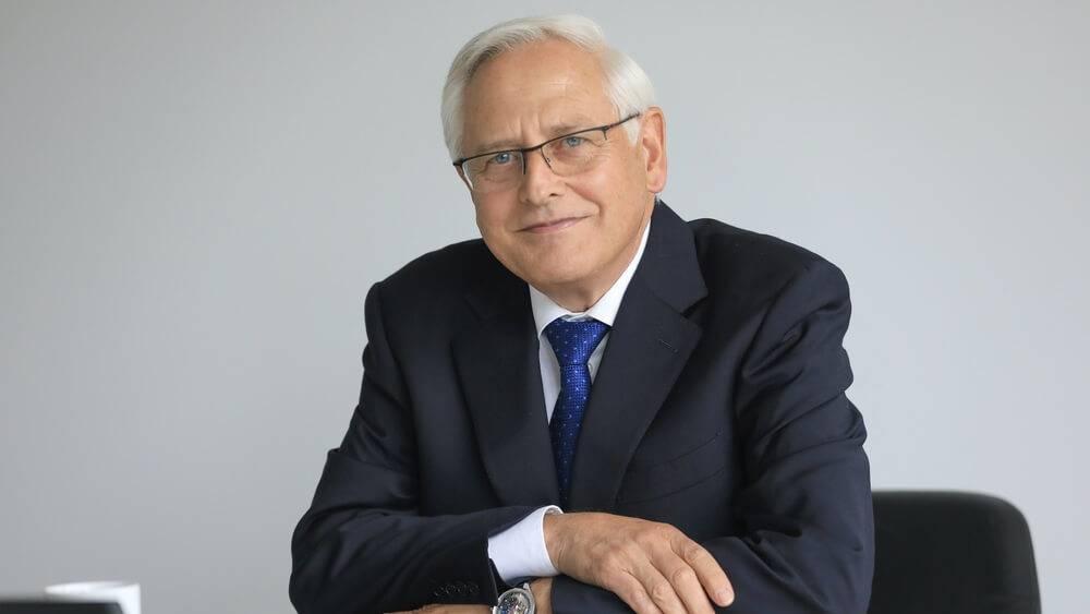 Porsche AG_valdes loceklis Uve-Kārstens Šteters