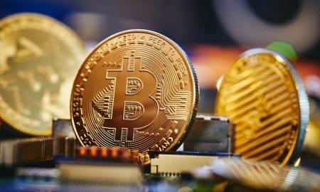 Bils Millers izsakās par likmi uz bitkoinu un apšauba altkoina panākumus